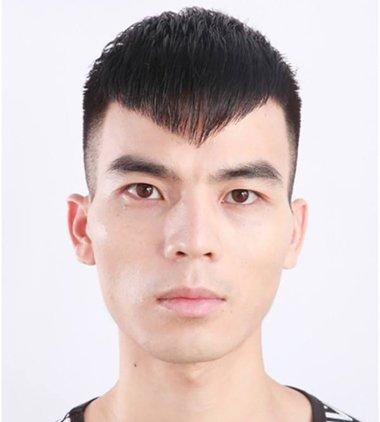 """别说长脸剃鬓角就成了""""鞋拔子""""脸 今年新出的""""两边光""""发型最适合长脸了"""