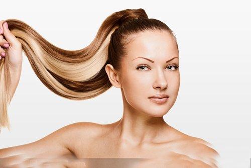 女生扎马尾辫百变切换才是重点 由子脸女生梳扎甜美乖巧发型系