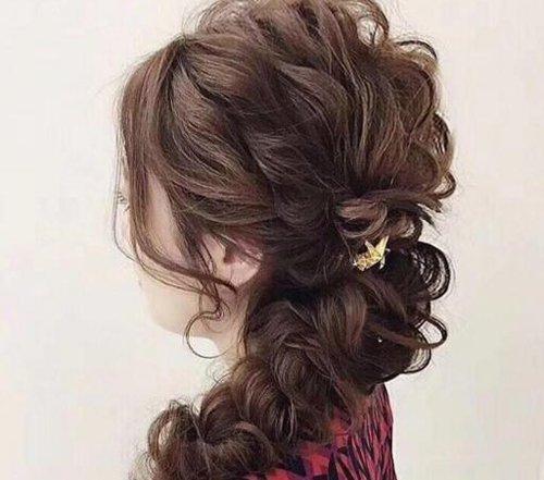 """真女神范儿发型的随意都是""""装""""的 典雅长发编发教程给你仿真的气质"""