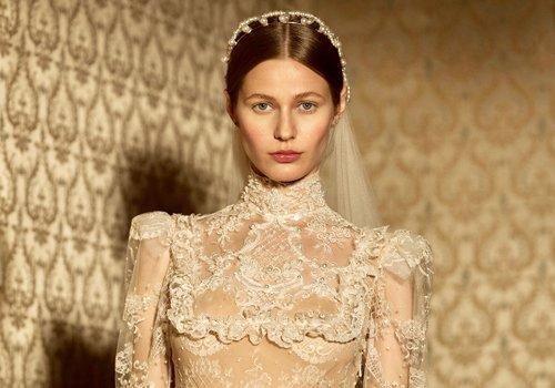 法式新娘宫廷风发型高贵典雅 现代与复古结合的完美演绎