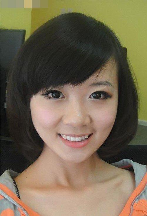 大脸女生们选对发型让你美翻天 提升人气加入动感女生发梢卷
