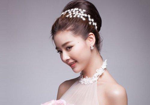 美发师才想要100种韩式新娘盘发图解 新娘预备役只需要看效果挑造型就好