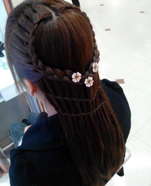 不要说一种编发赢遍天下只会编桃心你就输了 精致长头发做编发辫子有教程可循