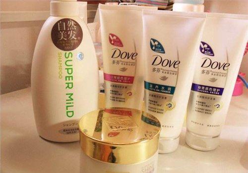 头发毛躁女生用什么护发素能让头发垂顺些 直发女生护发素选择准则