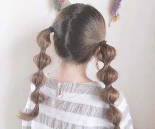 19年东京妹子流行双扎发软萌可爱 种草日系发型的校园女生别错过