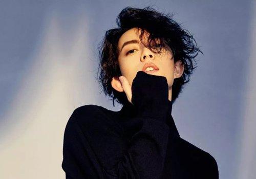 跟着林宥嘉留这6款黑色中长卷发 清新儒雅做新潮文艺男神好帅!