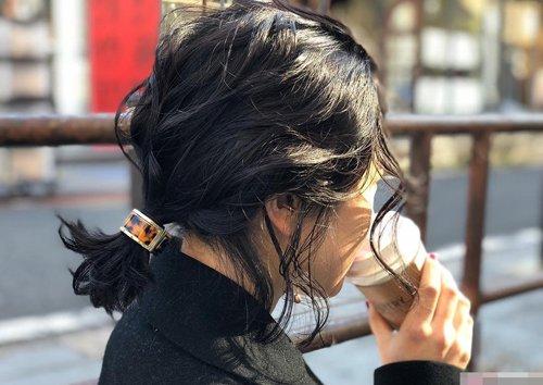 几款调皮2018世界杯体育投注网站扎发分高低发型 小脸女生超受宠的时尚扎编发系列