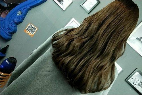 什么样皮适用于肤闷青亚麻色 带你染时髦新颖青亚麻头发颜色