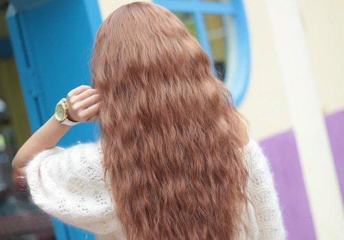 比爆炸头含蓄优雅的玉米须头发怎么烫 2019专属于长发女生的玉米须卷发设计
