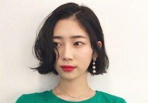 头发剪到下巴位置怎么打理时髦 冬季韩范儿女生流行短发烫发设计