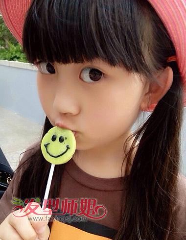小女孩的头发怎么扎 六款甜美萝莉发型精选(2)