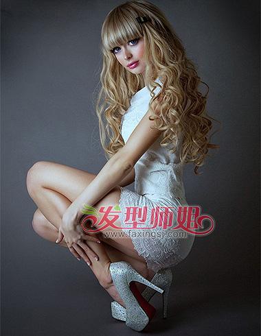 欧美风金色长发发型 甜美优雅公主范(5)