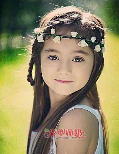 胖脸小女孩编辫子 儿童辫子造型最倾心_小女孩发型