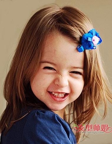 独具魅力的发夹省了给宝宝 扎头发的时间,小孩子疯玩乱了的头发自己图片
