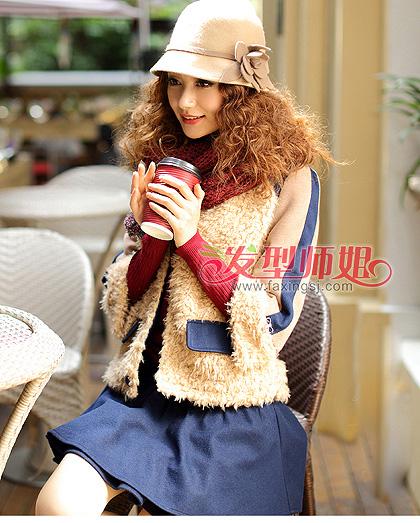 短发与秋冬衣搭配 秋冬季短发女生穿衣图片