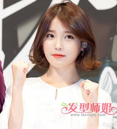 挑染上棕色之后,使李智恩更加的明亮动人,这款韩国圆脸女明星短发发型图片