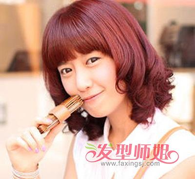 女性自来卷头发适合什么发型 小卷头发的发型图片图片