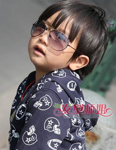 少发量男生中长发-各种男童发型图片 细数甜到心底的小男孩发型 发型
