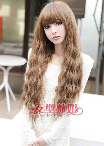 2015女生流行小卷发型 全头烫烫小卷发型图片(2)图片