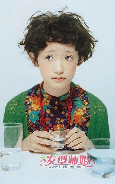 2015儿童蘑菇头发型 幼儿女蘑菇头短发发型图片
