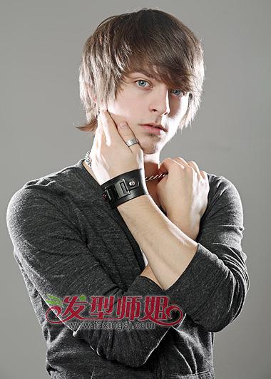 男生少发量齐刘海长发-男生长发齐刘海发型 发型设计男生长发 发型师
