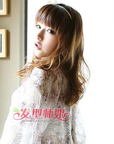 小脸齐刘海中长发-小脸女生什么发型好看 头发很少小脸型的女生适合