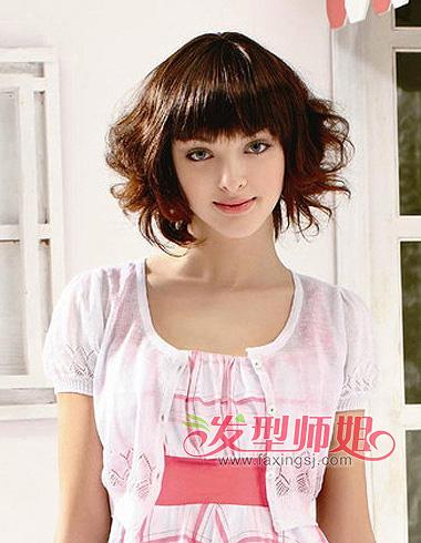 圆脸女生短发发型 头发少圆脸的女孩发型设计(4)图片