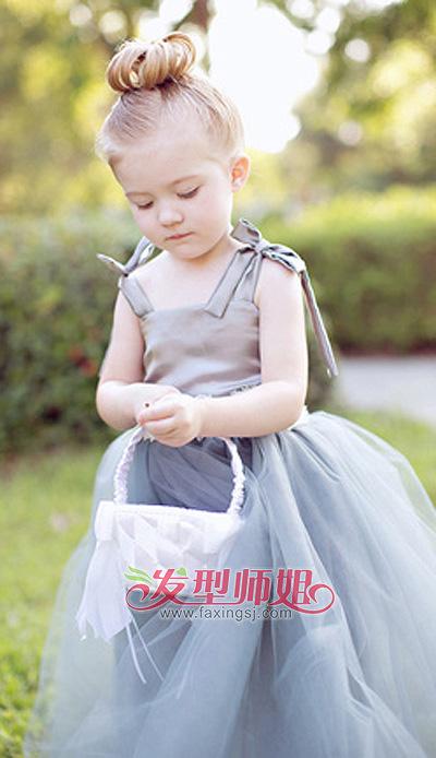 小女孩跳舞盘发的步骤_儿童盘发方法 儿童简单的盘头发型图片_发型师姐