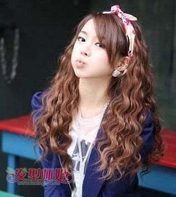 韩式中分微卷发型 齐发小卷发型图片 发型师姐图片