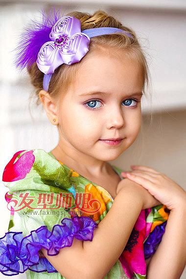 小女孩短发扎盘发-小女孩扎头发发型 小女孩短发怎么扎