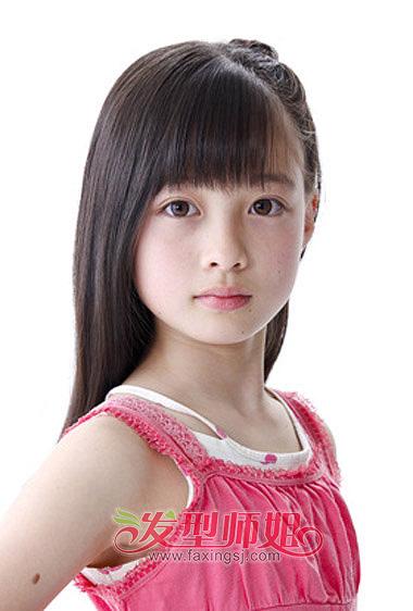 小女孩扎漂亮发型 儿童扎发发型步骤
