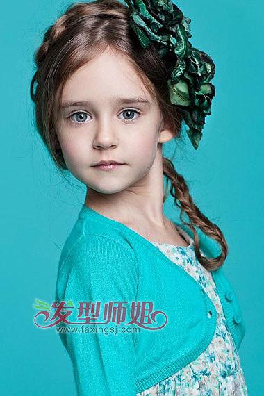 小学女生编头发图片 小女孩如何编头发简单好看