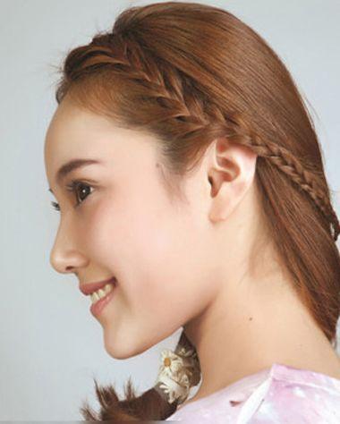 学生无流刘海编发发型 适合学生的编发步骤