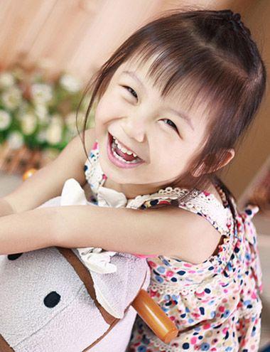 儿童发型扎法视频_儿童发型扎法 三岁儿童发型扎发图片_发型师姐