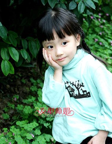小女孩长发编发发型 中式发型编发