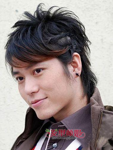 男生怎么编辫子 男生长发扎头发技巧(2)