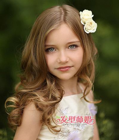 儿童自然卷头发的扎法 儿童小女孩做什么发型好看图片