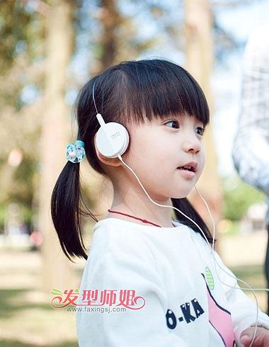 小女孩幼鲍_在小女孩还年幼的时候,开始培养对形象的追求才是硬道理.