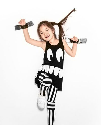 发型设计 儿童发型 >> 女童清纯可爱发型 小孩子可爱发型怎么绑(2)