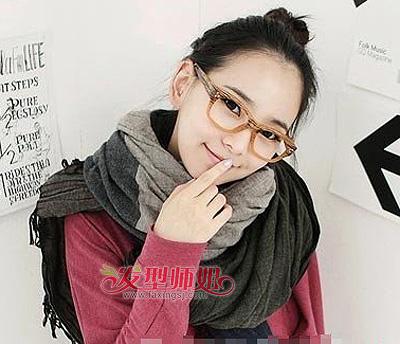 戴眼镜女生可爱发型扎法 戴眼镜圆脸女孩扎什么头发可爱(4)图片