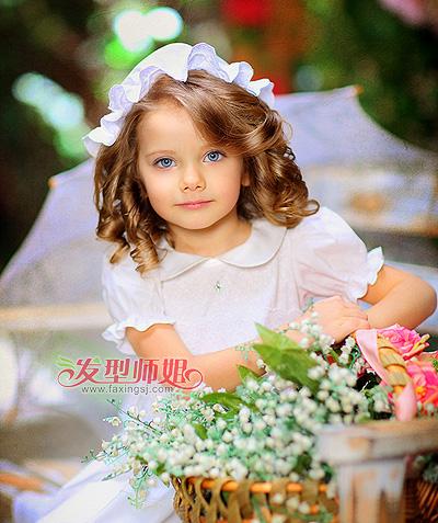 小女孩简单扎发发型 儿童漂亮可爱发型(3)