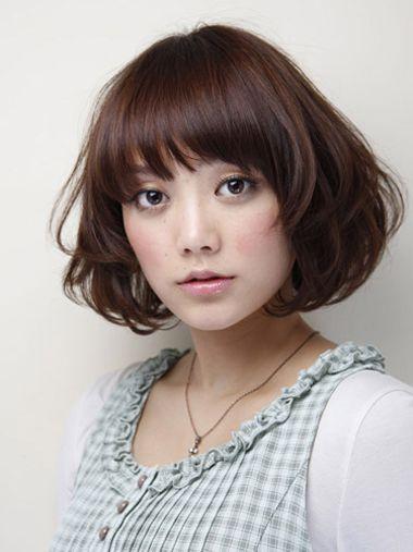 当然适合,与大脸结合起来造就漂亮小女生气质的梨花头 短发发型,样式