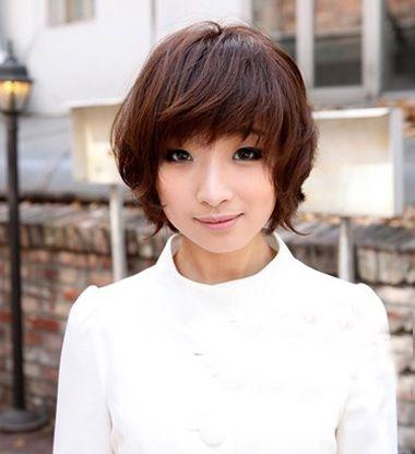 大脸短发发型图片 大脸女生适合的短发发型图片