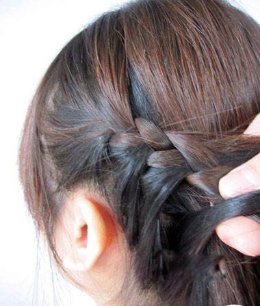 儿童编发发型步骤 小女孩简单编发图片(2)_发型师姐图片
