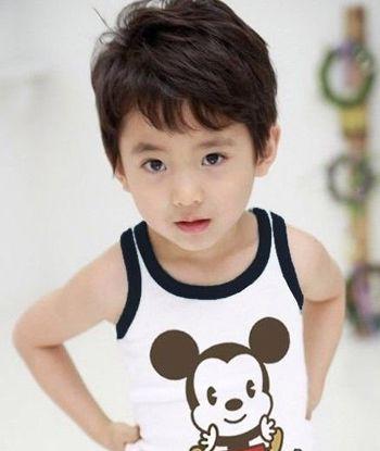 韩国四岁男孩可爱发型图片