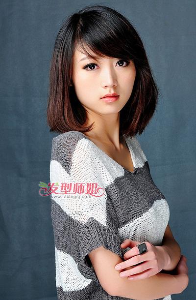 女生长斜刘海直发发型 37分斜刘海直发发型(3)图片