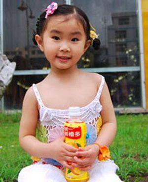儿童扎头发最新发型 宝宝短发扎头发发型 发型师姐图片