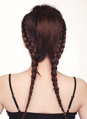 步骤三:同样的方法,将右侧的头发
