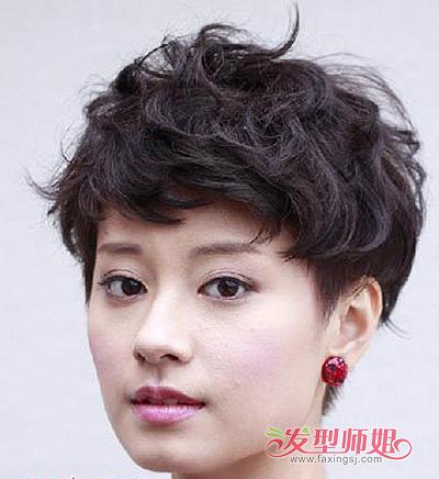 短发小卷发型图片 中短发烫发小卷发型 3