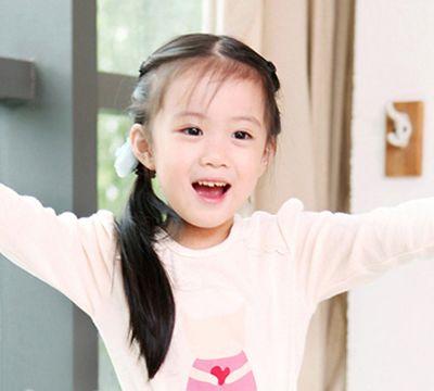 发型设计 儿童发型 >> 小女孩韩式发型辫子 长头发韩式发型扎法(4)